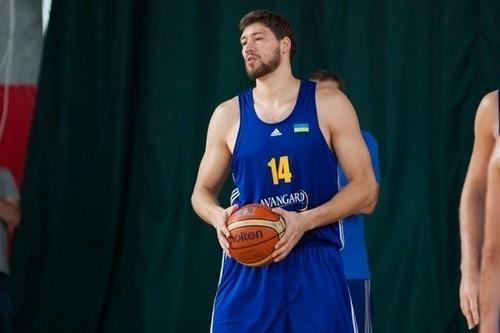 Капитан сборной Украины Вячеслав Кравцов перебрался в Японию