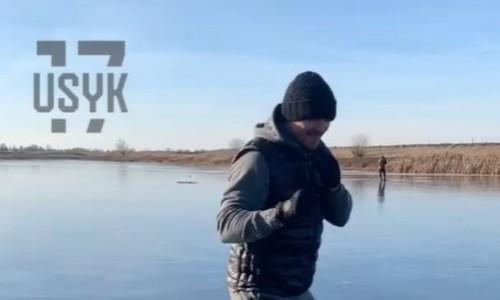 ВИДЕО. Усик провел необычную тренировку на льду