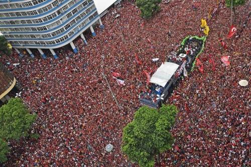 ВИДЕО. Празднование фанатов Фламенго вылилось в стычки с полицией
