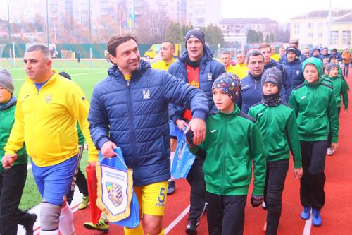 Легенди футболу зіграли зі збірною десантно-штурмових військ