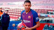 Ювентус может подписать защитника Барселоны Тодибо