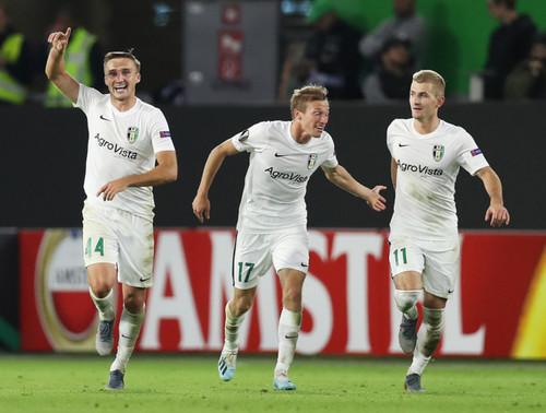 Сайт футбольного клуба вольфсбург