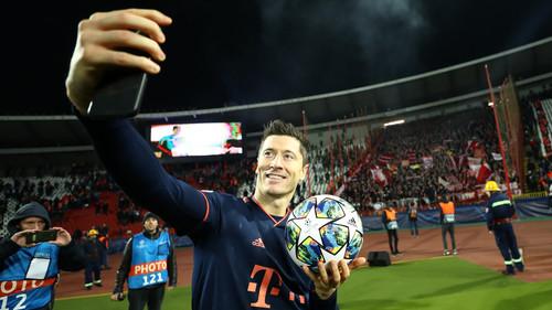 Футбол левандовский забил 5 мячей смотреть видео