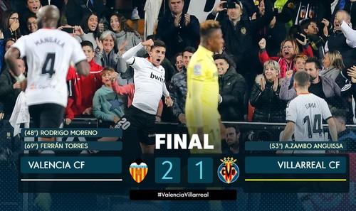 Валенсия переиграла Вильярреал и поднялась в зону еврокубков