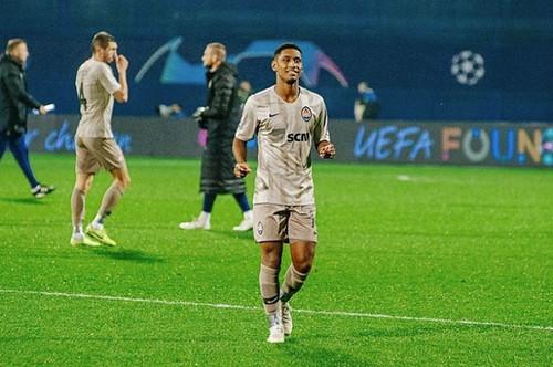 ТЕТЕ: «Счастлив, что мной интересуется Милан, но хочу остаться в Шахтере»