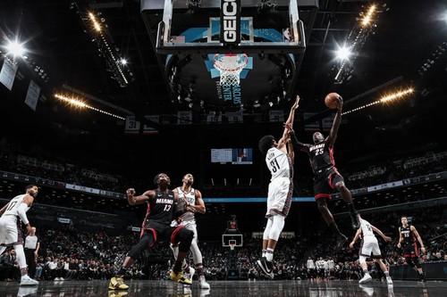 НБА. Майами обыграл Бруклин