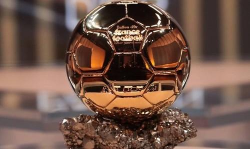 Пять футболистов сборной Нидерландов попали в топ-30 в голосовании за ЗМ