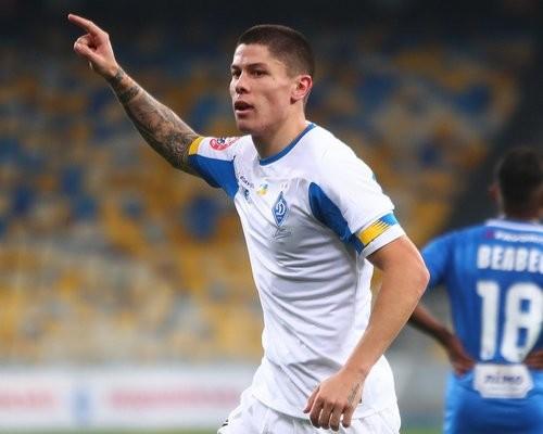 Болельщики Динамо признали Попова лучшим игроком ноября