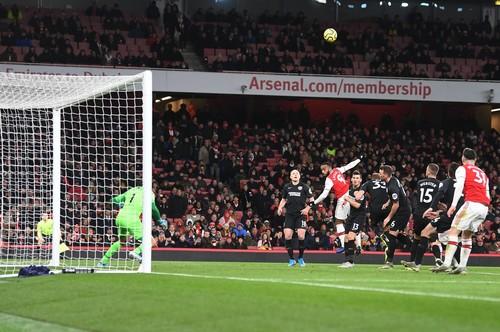 Арсенал дома уступил Брайтону и уже 9 матчей не может победить