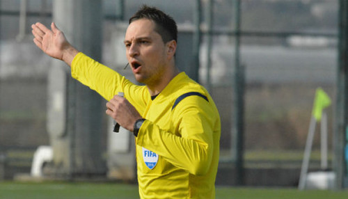 Арбитр скандального матча Шахтер – Динамо связался с полицией