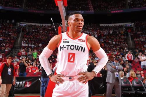 НБА. Трипл-дабл Уэстбрука помог Хьюстону обыграть Финикс