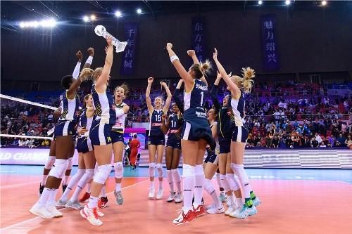 Имоко Воллей стал победителем женского клубного чемпионата мира