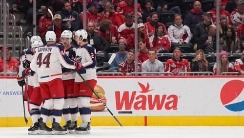 НХЛ. Айлендерс бьют Тампу, поражения Бостона, Вашингтона и Колорадо