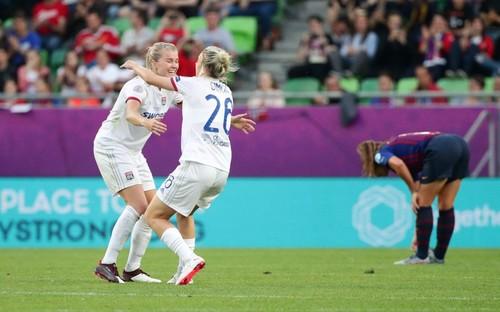Лион разгромил Барселону и стал победителем женской Лиги чемпионов