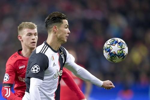 ФОТО. Стоимость Роналду упала до €75 миллионов
