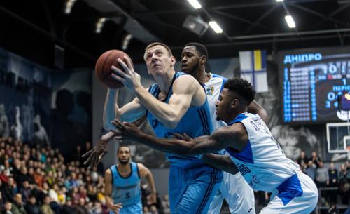 Суперлига. 48 очков Петерсона не помогли Николаеву в матче с Днепром