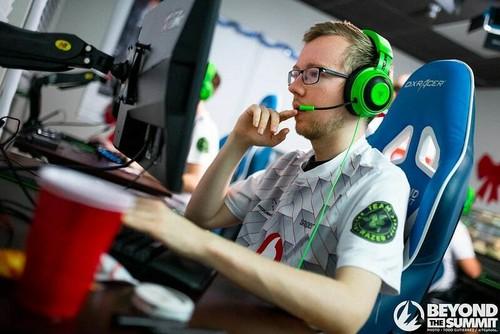 Mousesports стала переможцем cs_summit 5