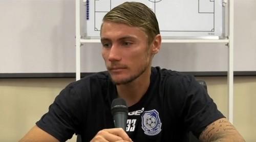Черноморец покинули два футболиста