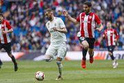 Реал не сумел одолеть Атлетик и отпустил Барселону на два очка