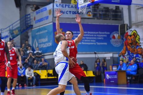 Лукашов забив неймовірний баззер в матчі з Київ-Баскетом