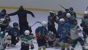 ВІДЕО. Скандал! Хокейний тренер взяв участь в бійці дітей в Одесі