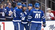 НХЛ. 14 шайб Торонто и Каролины, 7 голов Бостона, Колорадо и Нью-Джерси