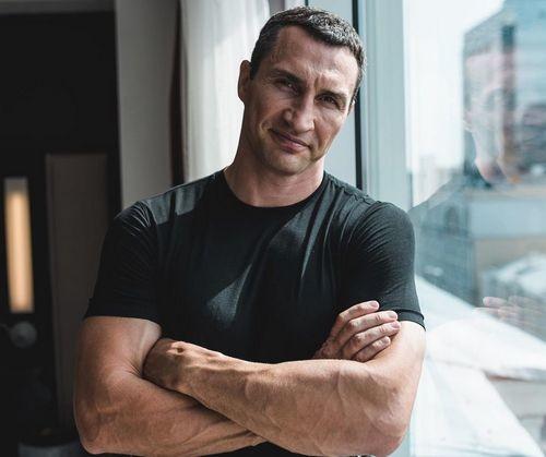 Шахтер не отдаст 125 млн за игрока, Кличко должен стать лучшим боксером