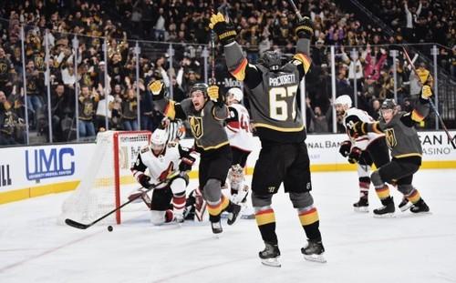 НХЛ. Питтсбург в погоне за Вашингтоном, битва лидеров Запада, успех Тампы
