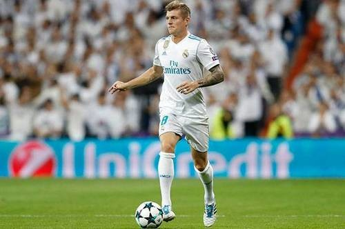 ОФИЦИАЛЬНО: Кроос продлил контракт с Реалом