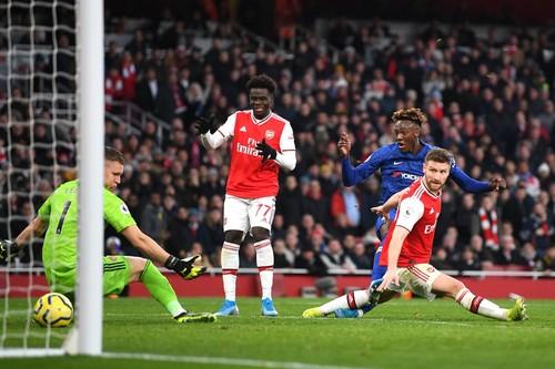 Арсенал проиграл четыре домашних матча подряд в Премьер-лиге