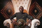 КАРИКАТУРА ДНЯ. Салах передал Мане корону короля Африки