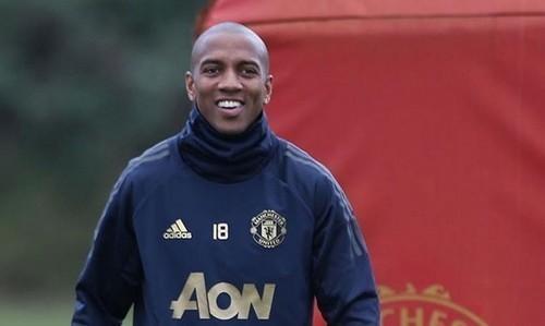 Манчестер Юнайтед готовий відпустити Янга