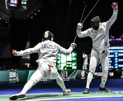 Рейзлин борется с россиянином за выход в полуфинал Кубка мира по фехтованию
