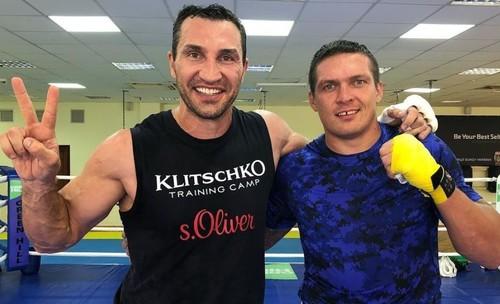 WBN: Владимир Кличко и Усик попали в топ-100 лучших боксеров за всю историю