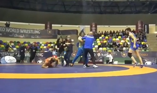 ВІДЕО. Український борець взяв участь в бійці на міжнародному турнірі
