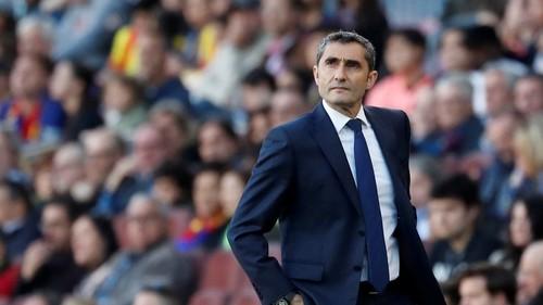 Барселона хочет уволить Вальверде, но не может найти ему преемника