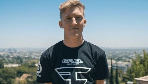 Популярный игрок в Fortnite и стример Tfue подал в суд на FaZe Clan