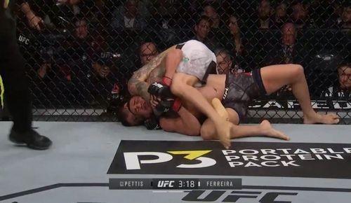 UFC 246. Феррейра здолав Петтіса в другому раунді