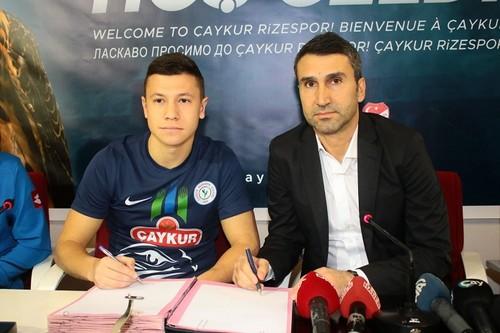 Ризеспор объявил о подписании контракта с Борячуком на 1,5 года