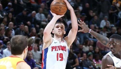 Михайлюк в топ-5 НБА. Он точнее бросает трехочковые, чем двухочковые