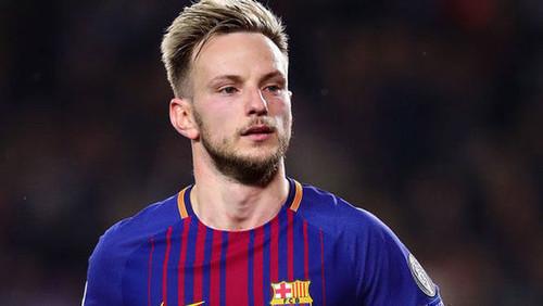 Барселона дает Ракитича и 10 млн евро за Бернардески