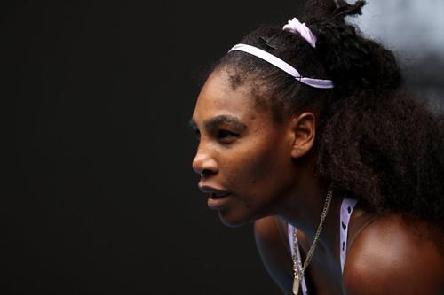 Australian Open. Серена Уильямс уступает Ван Цян и покидает турнир