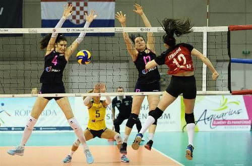 Состоялись первые матчи 1/8 финала в двух европейских кубковых турнирах