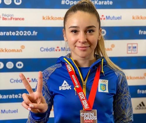Каратистка Терлюга завоевала серебряную медаль на соревнованиях в Париже