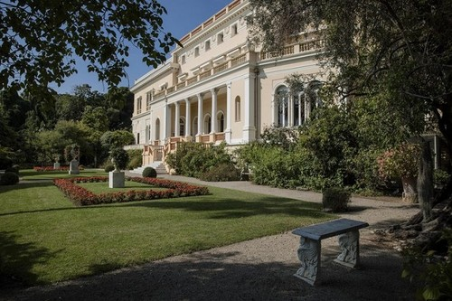 Ахметов купил виллу во Франции за 200 миллионов евро