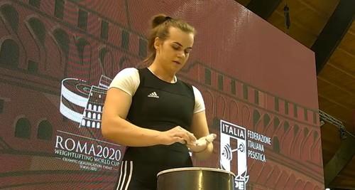Украинка Ирина Деха победила на Кубке мира по тяжелой атлетике