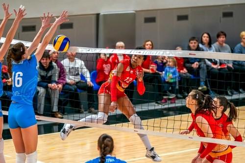 Химик проиграл один из двух матчей в Запорожье и остался на третьем месте