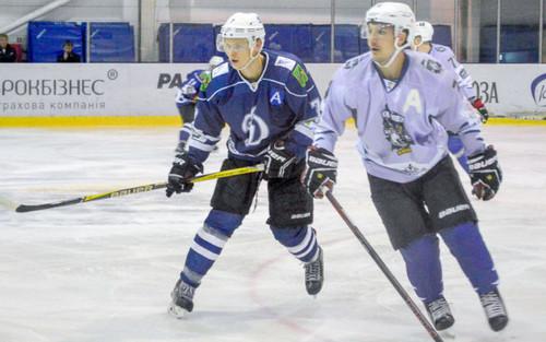 Харьковское Динамо пропустило 12 шайб в Киеве