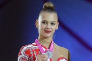 Российская гимнастка: «Пишут о суициде? Я на кухне порезалась! Ножи острые»