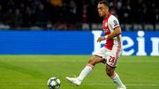 Бавария нацелилась на 19-летнего защитника Аякса